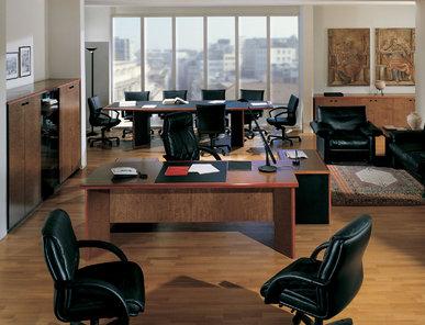 Итальянский письменный стол ARCADIA фабрики R.A. MOBILI S.P.A.