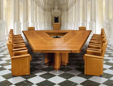 Итальянский стол для переговоров PLANET фабрики MASCHERONI