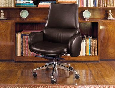 Итальянское кресло EXCELLENCE фабрики MASCHERONI