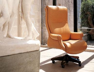 Итальянское кресло G8 фабрики MASCHERONI
