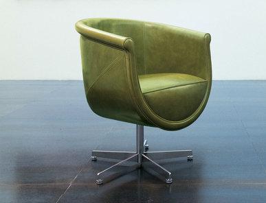 Итальянское кресло COMPASSO фабрики MASCHERONI