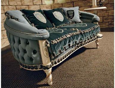 Итальянская мягкая мебель KING ARTUR 7615 фабрики RIVA