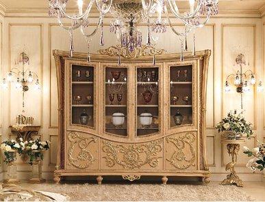 Итальянская витрина RAFFLES 6200/D фабрики RIVA