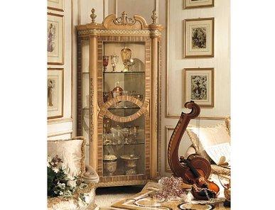 Итальянская витрина HERMITAGE 4061/A фабрики RIVA