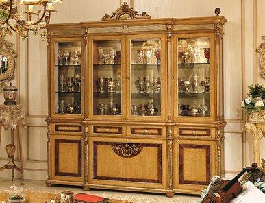 Итальянская витрина DIRETTORIO 1522 фабрики RIVA