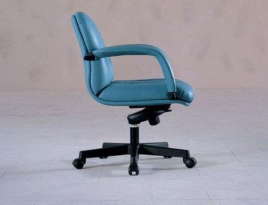 Итальянское кресло College фабрики IL LOF