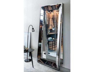 Итальянское зеркало Vanity фабрики Lema