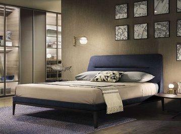 Итальянская кровать Novità фабрики Lema
