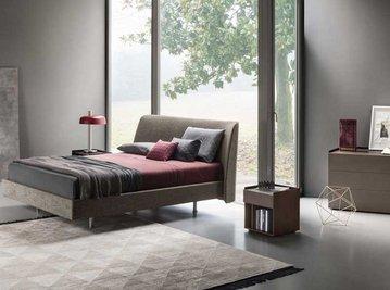 Итальянская кровать Edel фабрики Lema