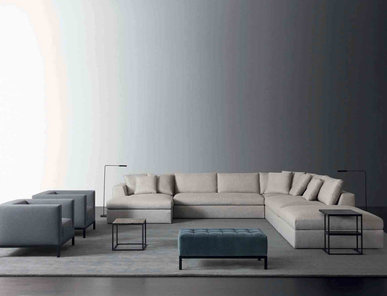 Итальянский диван LOUIS 02 фабрики MERIDIANI