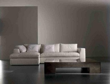 Итальянский диван LOUIS 03 фабрики MERIDIANI