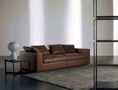 Итальянский диван LOUIS 04 фабрики MERIDIANI