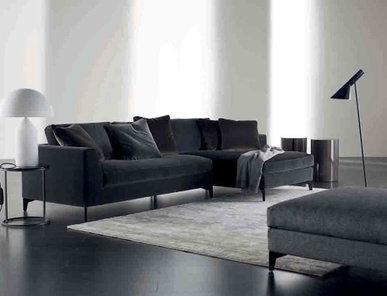 Итальянский диван LOUIS 05 фабрики MERIDIANI