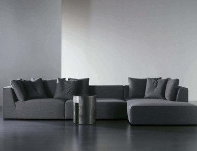 Итальянский диван LOUIS 06 фабрики MERIDIANI