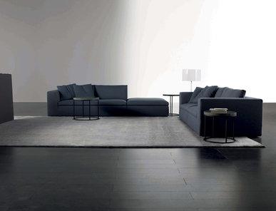 Итальянский диван LOUIS 07 фабрики MERIDIANI