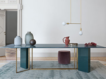 Итальянский стол Y2W 01 фабрики MERIDIANI