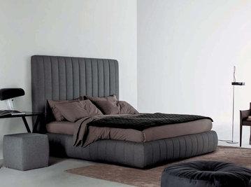 Итальянская кровать TUYO 09 фабрики MERIDIANI