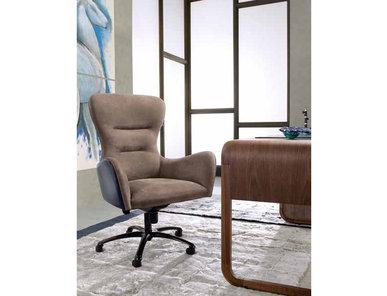 Итальянское кресло GIANPIER фабрики ULIVI