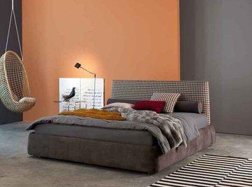 Итальянская кровать Byron h.28 фабрики TWILS