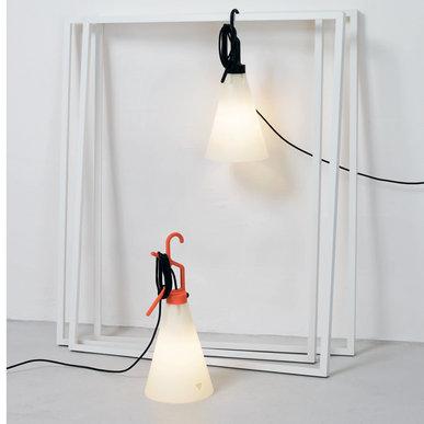 Итальянская настольная лампа MAY DAY фабрики FLOS