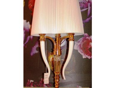 Итальянская настольная лампа Visionnaire фабрики IPE CAVALLI
