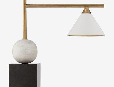 Настольная лампа CLEO LARGE фабрики KELLY WEARSTLER