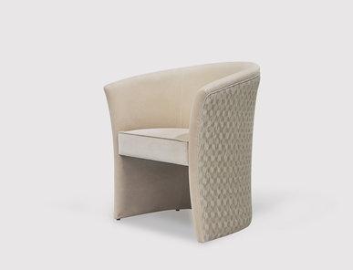 Кресло ENIGMA фабрики KOKET