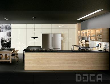 Кухня Evolucion Roble Natural фабрики DOCA