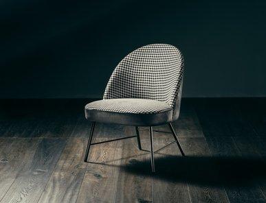 Итальянское кресло AVEC MOI фабрики GIOPAGANI