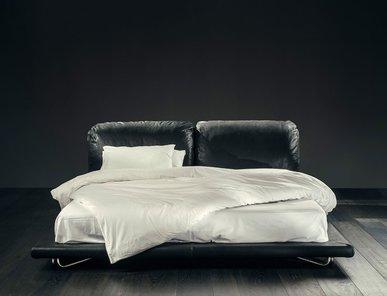Итальянская кровать SAINT-GERMAIN фабрики GIOPAGANI