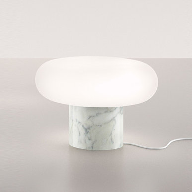 Итальянская настольная лампа Itka Marble фабрики ARTEMIDE