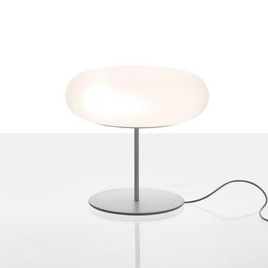 Итальянская настольная лампа Itka 35 фабрики ARTEMIDE