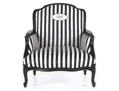 Итальянское кресло WELCOME фабрики GIANFRANCO FERRE