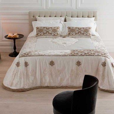 Итальянский тeкстиль для спален HERMITAGE фабрики Chicca Orlando