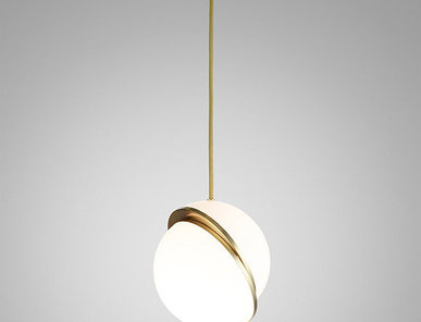 Светильник подвесной Crescent Light D30 Gold от дизайнера Lee Broom