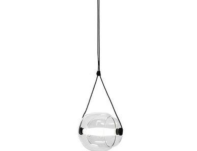 Светильник Brokis Capsula Transparent от дизайнера Lucie Koldová