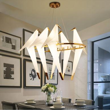 Люстра Perch Light Branch Grande от дизайнера Umut Yamac