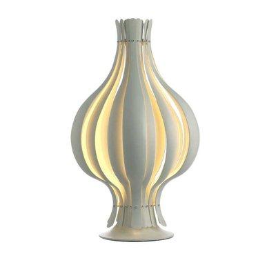 Настольная лампа Orion от дизайнера Verner Panton