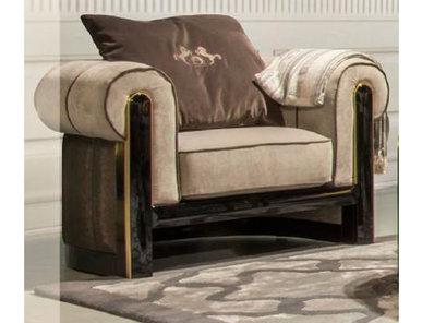 Итальянское кресло ULRICH фабрики FORMITALIA