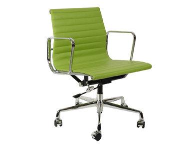 Кресло Eames Style Ribbed Office Chair EA 117 салатовая кожа от дизайнера CHARLES & RAY EAMES