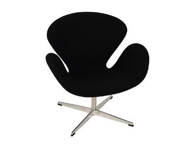 Кресло Style Swan Chair черная шерсть от дизайнера Arne Jacobsen