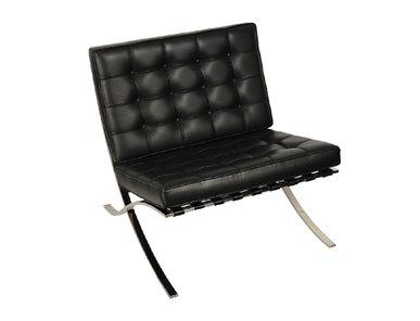 Кресло черное от дизайнера LUDWIG MIES VAN DER ROHE