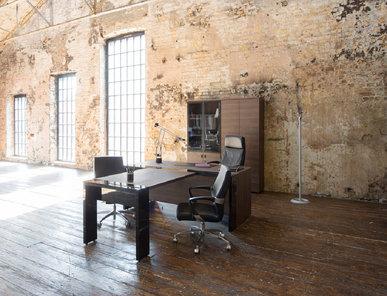 Стол руководителя с приставкой для брифинга Lava табак/черный глянец от дизайнерской студии Profoffice