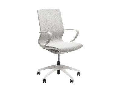 Кресло для сотрудников Marics светло серая сетка от дизайнерской студии Profoffice