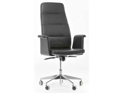 Кресло руководителя Karl A от дизайнерской студии Profoffice