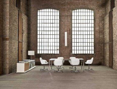 Стол для переговоров Frame Glass фабрики Sinetica