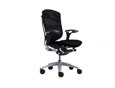 Кресло Contessa черное фабрики Okamura