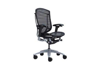Кресло Contessa II черное без подголовника фабрики Okamura