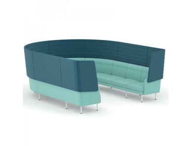 Изогнутый десятиместный диван Arcipelago с высокой спинкой фабрики Narbutas