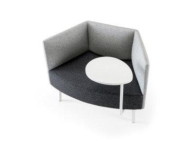 Кресло Cumulus со столиком (металл.опоры и стол белого цвета) фабрики CUMULUS